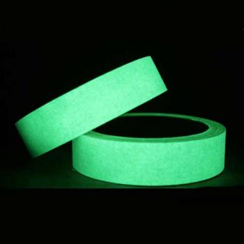 Cinta adhesiva fotoluminiscente40